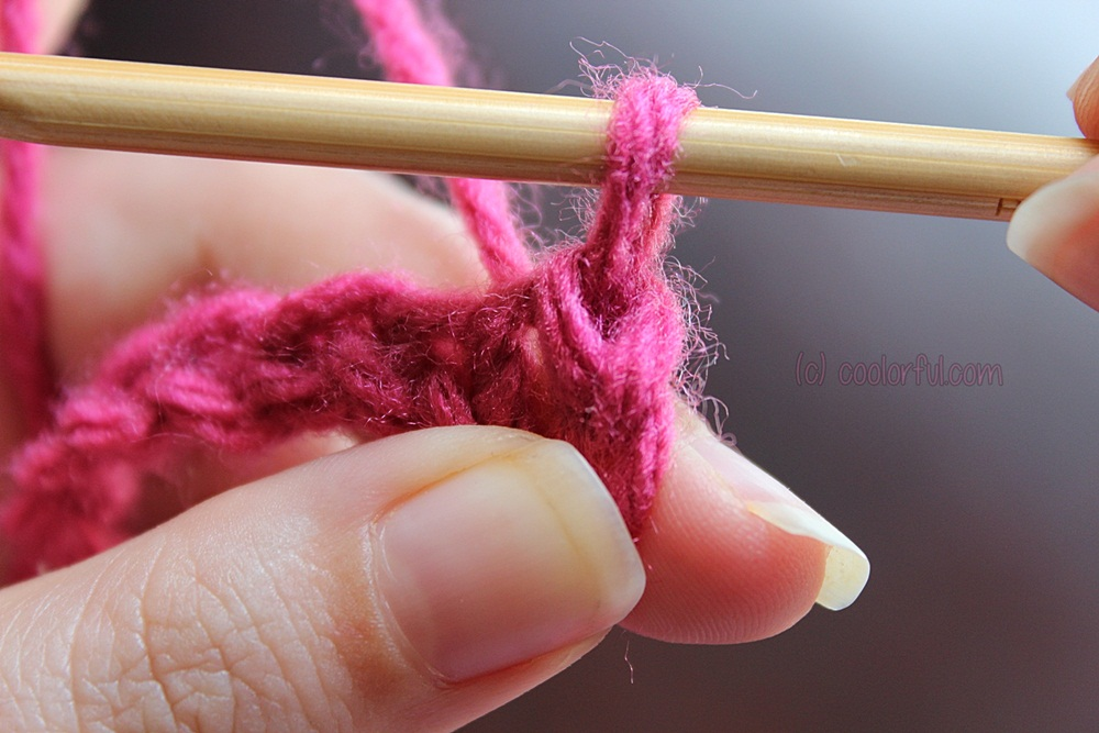 basic_crochet_stitches_photo_tutorial_how_to_crochet_the_slip_stitch ...