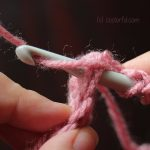 Photo Tutorial How To Crochet The Double Crochet Stitch By Coolorful.com